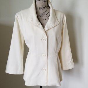 Simply Chloe Dao jacket
